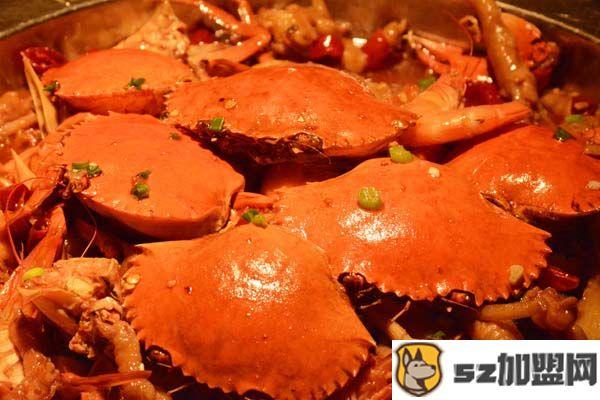 多嘴肉蟹煲特色美食